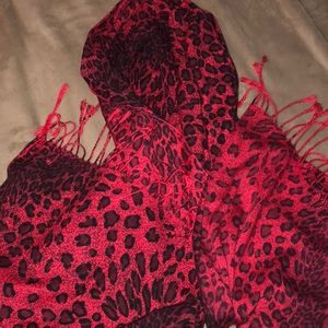 🦄BOGO scarf wrap animal print nwot Pasxaina